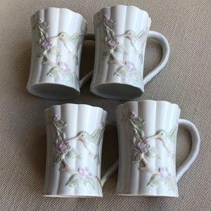 4 PRECIOUS HUMMINGBIRD COFFEE MUGS